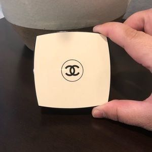 Chanel les beiges healthy glow sheer SF 15